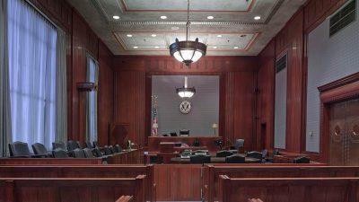 Jaktbrottshärvan – Jaktkritikerna är på plats vid rättegången mot Karl Hedin idag