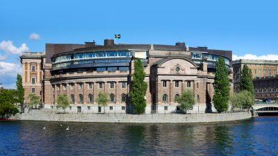 Riksdagspartiernas motioner om jakt